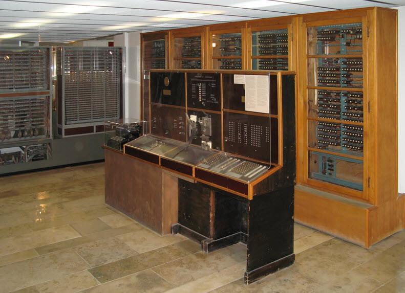 самый первый компьютер в мире марк 1