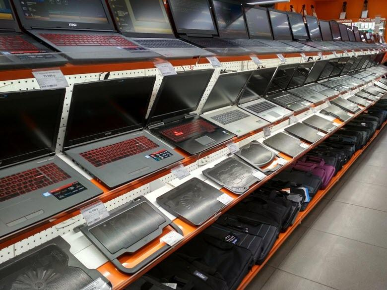 Покупка ноутбука в магазине